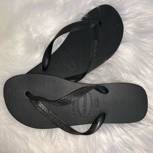Havaianas  flat sandals
